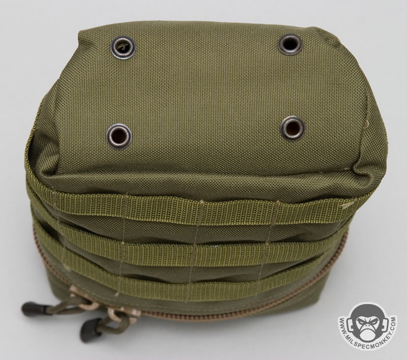 8884ee0abfbb Although originally designed to hold a complete ADF issue ration pack